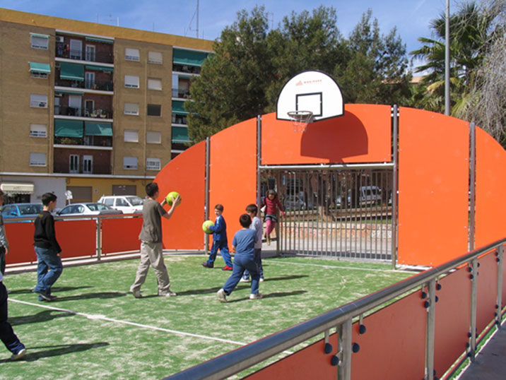 childrens playing in multisport court