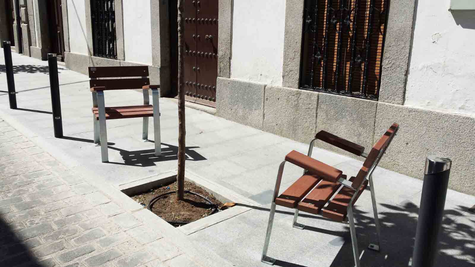 Mobipark Launches New Urban Furniture For Parks Bench